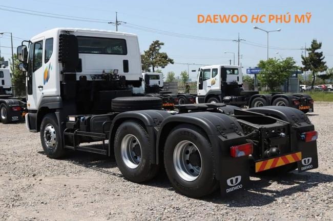 xe đầu kéo Daewoo